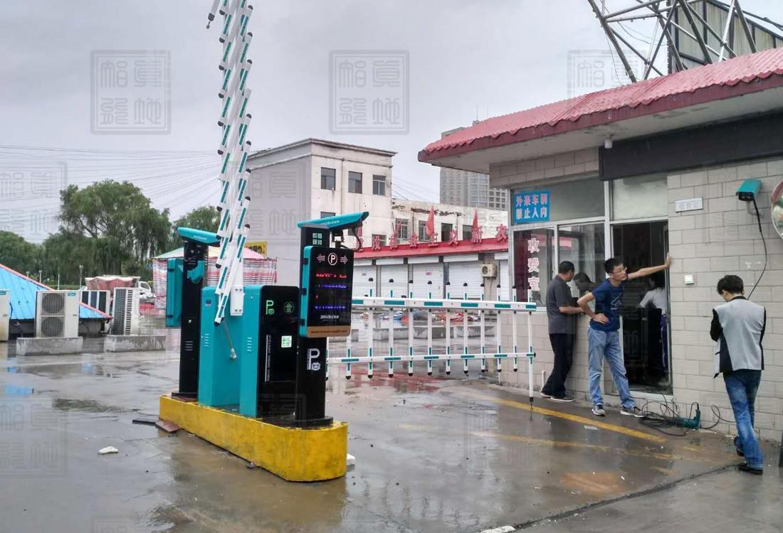 陕西省榆林市神木县迎宾小区车牌识别案例