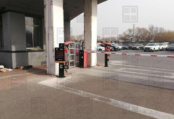智能停车场系统是什么,它有什么特点吗?